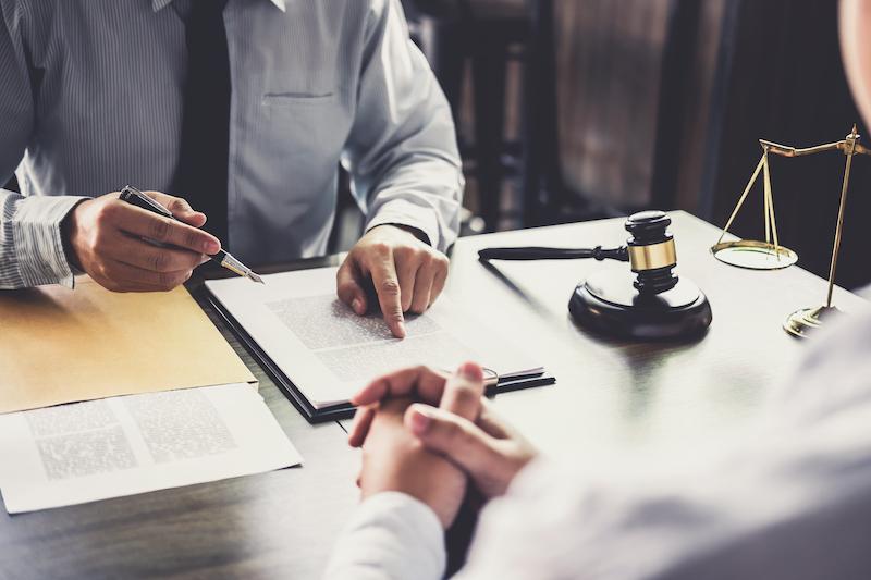 rencontre avec un avocat pour litige de copropriété divise